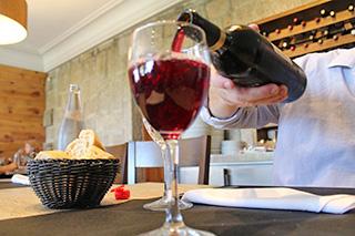 Weinverkostung im Valtellina