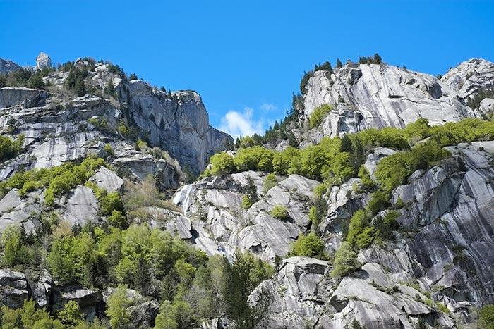 Granitfelsen im Val di Mello
